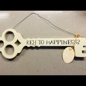 Accents - Brand New Key to Happiness Decor